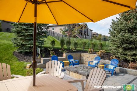 Kudym Backyard Landscape Patio Paver Landscaper Hardscape H&H Lawn and Landscape Elkhorn Gretna Omaha Nebraska