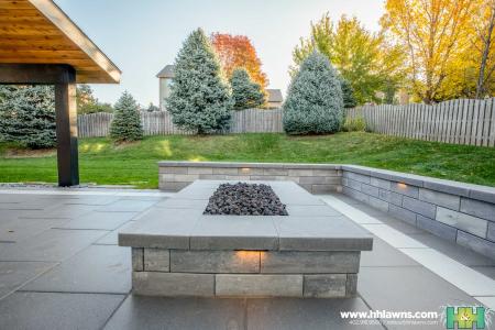 Landscape Landscaper Patio Paver Contractor Fire Pit H&H Lawn and Landscape Omaha Gretna Elkhorn Nebraska